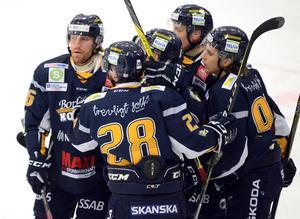 Borlänge vann på bortaplan mot Troja-Ljungby och har fortfarande chans att nå topp två.