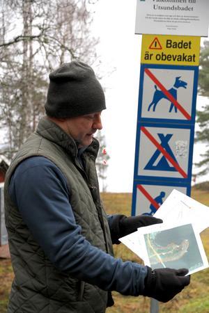Daniel Ersson, skogsvaktmästare i Västerås stift, besökte under måndagen Avesta kommun för att informera ledamöter i kyrkofullmäktige i By Folkärna pastoratet om den planerade avverkningen av 1,8 hektar granskog vid badet i Utsund.
