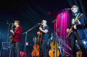 Musikaliskt är det väl ungefär vad man kan förvänta sig av en Strömstedt konsert, skriver nöjesredaktör Johanni Sandén.
