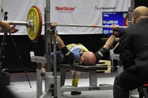 I bänkpress, som är Thomas Wulffelds svagare gren av de tre, tog han 110 kilo.