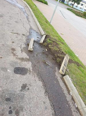 Inte ens gatan klarade sig oskadd efter lördagsnatten. foto: privat.