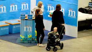 Även Moderaterna var på plats vid Vårmässan som arrangeras under helgen i Gärdehov.