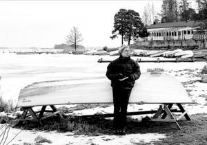 Vinterbilden 1999. Årets modell: Anna Björkman. Medeltemperatur: -2,3. Nederbörd: 163,8. Foto: Conny Sillén.