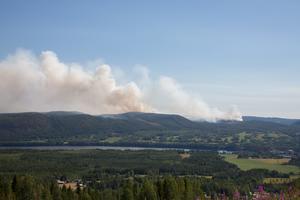 Branden i Pålgård sedd från slalombacken i Ragunda.
