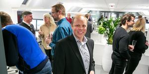 """""""Flytten har gått smidigt"""", säger Daniel Boberg som trivs i det nya kontoret."""