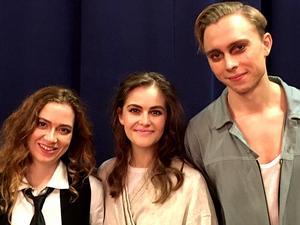 Pierina Rizzo, Felicia Löwerdahl och Simon Edenroth,  skådespelare. Foto: Privat