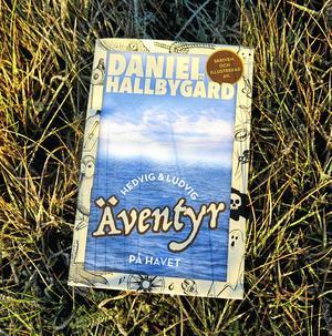Boken finns till försäljning från i dag 2 december på Akademibokhandeln i Gävle.