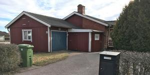 Hisingsgatan 32 i Köping såldes för 1 325 000 kronor.