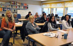 Den här veckan påbörjar 28 personer Lärcentrums vuxenutbildning för att nå undersköterskekompetens. Grupper finns i Sveg och Hede.