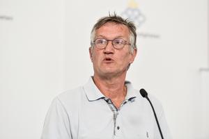 Anders Tegnell, statsepidemiolog vid Folkhälsomyndigheten, under måndagens pressträff.