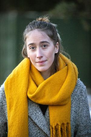 """""""Det var jätteskönt när de fick se filmen"""" säger Emelie som också känt skuld mot föräldrarna, att hon svikit dem."""