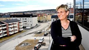 De många skandalerna sänker förtroendet för Region Västernorrland och gör det svårare för sjukhusdirektör Nina Fållbäck Svensson att rekrytera personal.