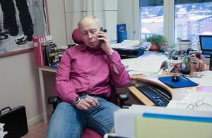 Miljöchefen Göran Eriksson väntar på nya svar från laboratoriet. Svaren på proverna som togs den 19 och 20 december var en negativ överraskning.