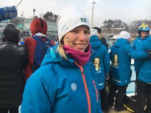 Charlotte Kallas barndomskompis Lisette Tillberg under skiathlonen.