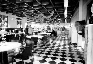 Domusrestaurangen var en kär mötesplats.