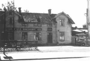 Dahlborgs café var ett omtyckt besöksmål för Ludvikaborna när man var ute och handlade. Det låg i anslutning till Torget där vi i dag har Gallerian.