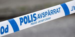 Polisens bombgrupp kallades in för att undersöka ett föremål. Foto: Johan Nilsson/TT