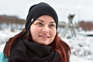 Tina Forsberg hoppas och tror att turen till Västerås blir något av en revansch. Sist hon deltog i Musikhjälpen tvingades hon nämligen bryta efter nio mil och de senaste åren har varit tuffa.