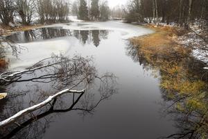 En ny dammlucka har gjort det möjligt att höja nivån i Sidsjödammen med tre decimeter.