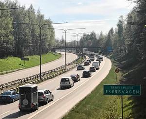 Vid rusningstrafik eller vid olyckor  korkas E18/E20 genom Örebro snabbt igen.