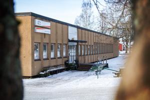 Under onsdagen fick elever vid MTH-skolan beskedet att skolan kommer att stängas efter nyår.