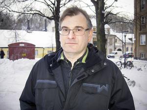 Runstensforskaren Magnus Källström återfann teckningen av slump i antikvarisk-topografiska arkivet (ATA) på Riksantikvarieämbetet i Stockholm.