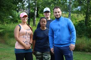 Fyra av de fem ungdomsledare som håller i sommaraktiviteterna.  Annie, Helen, Marie och Yoseef.