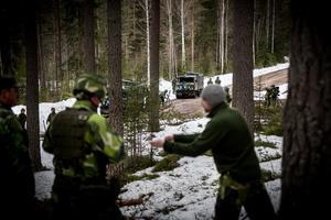 Rekognoseringsgruppen har god översikt av grupperingsplatsen och åker alltid i förväg för att skapa de bästa taktiska och tekniska förutsättningar för granatkastarplutonen.