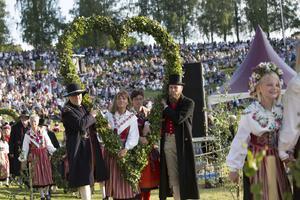 Efter en nedgång har intresset för midsommarfirandet i Leksand börjat ökat de senaste åren.