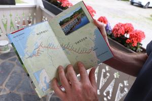 En vandring på 580 kilometer. Här ser ni några av stoppen i den vandringsbok som Michael Clark är lycklig över att han fann översatt på Engelska.