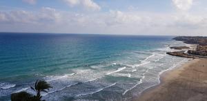 Hav och sandstränder lockar svenskar och andra européer till Spanien och andra länder kring Medelhavet.