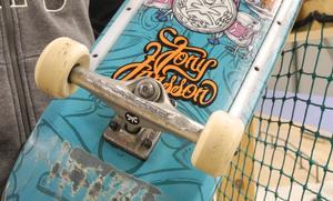 Tony Jansson har även fått en egen skateboard-modell uppkallad efter sig.
