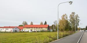 På marken vid Rudkällavägen huserar ett antal företag i dag.