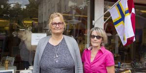Christine Bagger, ordförande, och Marianne Källman Ågren, vice ordförande, för Omtanken.  Den nya lokalen ligger precis bredvid den förre detta Röda Korset-butiken Kupan i Skinnskatteberg.