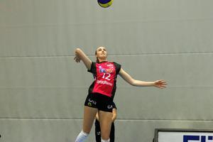 Linda Andersson är årets rookie i svensk volleyboll.