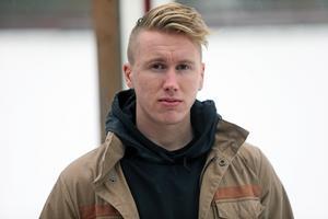 Tack vare flytten till Västerås får Emil Skogh närmare hem till Roslagen, Norrtälje och Hallstavik. Något som var viktigt för honom i valet av nästa klubb: