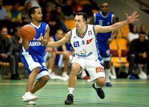 Peter Johansson under sin tid som spelare i Jämtland Basket. Här i hemmamatchen mot Akropol. Foto: Sporten