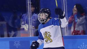 Luleås finländska stjärna Petra Nieminen är årets mest värdefulla spelare, enligt SDHL-spelarna. Arkivbild.