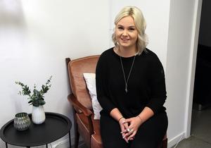 Att öppna en egen frisörsalong är en gammal dröm som nu blir verklighet för Julia Billström.