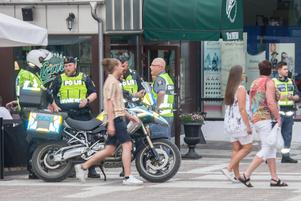 Polisen föreföll ha en relativt lugn kväll på jobbet