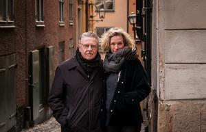 Mikael Wiehe och Ebba Forsberg, tillsammans gestaltar duon de två mest framträdande sidorna av Bob Dylans musikskapande tycker Paula Dalin. Foto: Tom Jerry Boman