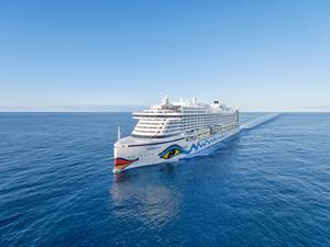 Nykomlingen för i år i Nynäshamns hamn är fartyget Aidaprima som kommer till Nynäshamn den 25 maj. Foto: AIDA Cruises