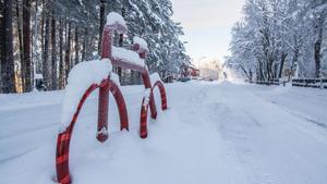 Insändare: Att cykla i Skövde på vintern är som att spela rysk roulette