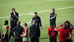 Under måndagen höll Ian Burchnall som vanligt i större delen av ÖFK:s träning.