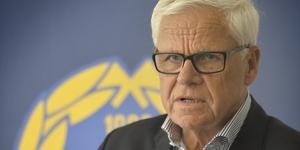 Hans Selling och resten av styrelsen i GIF Sundsvall satt i möten under tisdagen för att prata om A-lagets utsatta läge i Allsvenskan.