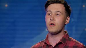 20-årige Erik Pålerud från Fjugesta fick tre ja av Idol-juryn och en guldbiljett till slutaudition.