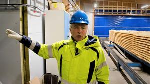 Leif Berglund är VD på Octowood i Kälarne. Den 31 maj drabbades fabriken av en brand som totalförstörde kreosotverkets verkstad.