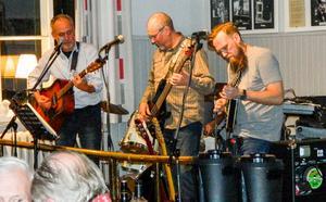 Bengt Proos Band stod för underhållningen. Fotograf Lennart Svensson