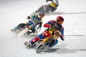 Isläget just nu är inte bra inför seriematchen i isracing i Hallstavik den 20 januari. Nu står hoppet till ett hyfsat snabbt väderomslag. Foto: Stig Göran Nilsson