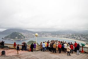 Utsikt över San Sebastián från Monte Iguedo.